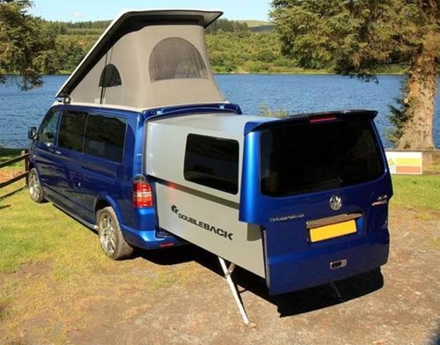 DoubleBack - Un Van Volkswagen avec extension coulissante pour camper