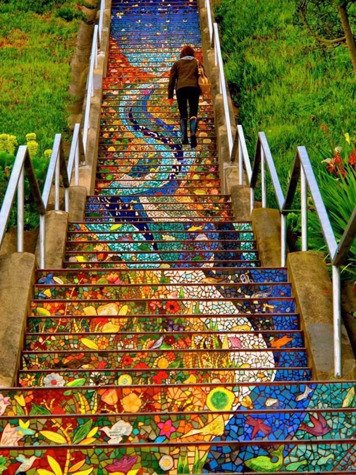 16th Avenue des marches faites en mosaïque - San Fran-USA